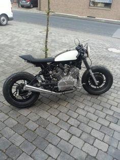 Yamaha XV750 caferacer