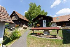 Das Freilichtmuseum Trautmannsdorf #badgleichenberg #regionbadgleichenberg Image Collection, Collections, Cabin, House Styles, Home Decor, View Map, Volcanoes, Tourism