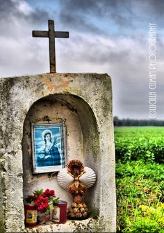 Signs of devotion....Torchiarolo countryside. Puglia