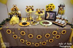Stunning Sunflower Party Design Ideas For Your Wedding Reception Sunflower Party Themes, Sunflower Birthday Parties, Fall Birthday Parties, 16th Birthday, Sunflower Cupcakes, Sunflower Gifts, Happy Birthday, Bridal Shower Question Game, Bridal Shower Questions