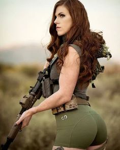 Amazing WTF Facts: Military Girls Wallpaper - Women in the Military Photo - Girls and Guns - Tactical Girls Military Chic, Military Women, Military Army, Warrior Girl, Warrior Princess, Warrior Women, Army Pics, Girl Photos, Girls