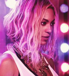 Beyoncé - XO  #hair #hairfinity #hairstyles   www.thehairweb.com the best hair site in the world featuring hairstyles, hair tips, hair secrets, videos about hair and models and...lots more!!