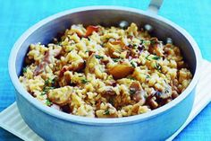 Give this classic combination a healthy makeover by oven cooking the ingredients instead of frying, from BBC Good Food. Oven Baked Risotto, Parmesan Risotto, Risotto Rice, Oven Cooking, Just Cooking, Bbc Good Food Recipes, Snack Recipes, Cherry Tomatoes
