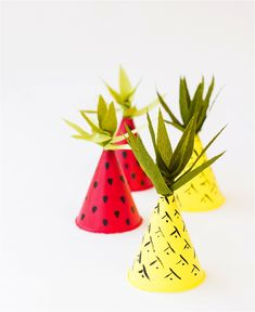 ebabee likes:5 of the best DIY party hats