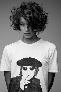 Curly short hair inspo!