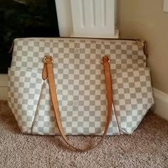718bab75b3b Authentic LV totally MM Azur. Used condition. The handles are darkening and  there is