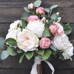 Perfectly packable artificial wedding flower bouquets packed with greenery By Holly's Flower Shoppe on Etsy #hollysweddingflowers ddingflowers #foreverflowers #fauxflowers #silkflowers #bride #wedding #bridalflowers #weddingflorist