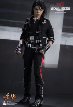 Hot Toys : Bad - Michael Jackson  (Bad Version) 1/6th scale Collectible Figure