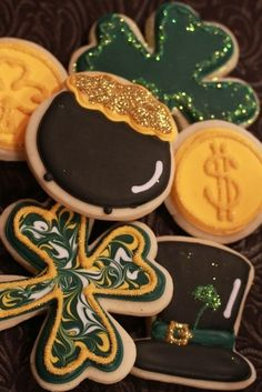 St Patrick's Day Cookies via etsy