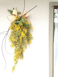 Beautiful Bouquet Of Flowers, Green Flowers, Flower Bouquet Wedding, Goldenrod Flower, Le Mimosa, Aussie Christmas, Floral Garland, Yellow Leaves, How To Preserve Flowers