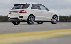 Mercedes-ML 63 AMG: an aristocrat of our luxury SUV round-up in the Apr/May issue.