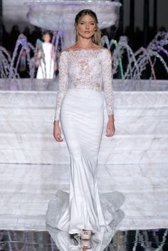 The Renat Gown, from the Atelier Pronovias 2018 Collection