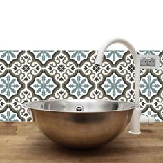 Crdence adhsive impermable Trianon blue grey The Great Circus Kitchen Projects, Interior Design Inspiration, Home Remodeling, Home Decor, Home Deco, Bathroom, Cement Tile, Bathrooms Remodel, Bathroom Decor