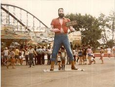 1962 Paul Bunyan statue at Crystal Beach Amusement Park Ontario Canada Fort Erie, Paul Bunyan, Maybe Someday, Great Lakes, Wonderful Places, Niagara Falls, Ontario, Vintage Photos, Bethlehem Steel