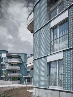 Wohnsiedlung in St. Gallen - Wild Bär Heule Architekten Metal Facade, Roof Rails, Stairways, Townhouse, Multi Story Building, Construction, Exterior, Architecture, St Gallen