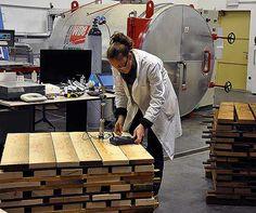 """Il legno del futuro sarà """"sottovuoto"""" http://www.mondoallarovescia.com/il-legno-del-futuro-sara-sottovuoto/"""