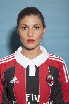 2803daa6e4a5 AC Milan girl straight on! Football Shirt DesignsFemale ...