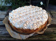 Apfel-Marzipan-Kuchen mit Baiser