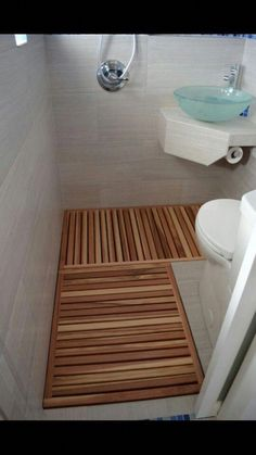 Small Bathroom Design Ideas Apartment Therapy - home design Rv Bathroom, Tiny Bathrooms, Tiny House Bathroom, Amazing Bathrooms, Modern Bathroom, Bathroom Ideas, Bathroom Remodeling, Remodel Bathroom, Remodeling Ideas