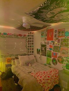 Cute Bedroom Decor, Room Design Bedroom, Room Ideas Bedroom, Bedroom Inspo, Chill Room, Cozy Room, Chambre Indie, Indie Bedroom, Retro Room