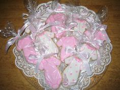 baby girl baby shower cookie cheers baby shower favors 236x177