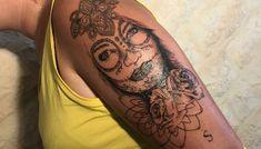 Page 2 – Chantal de la prairie Skull, Tattoos, Tatuajes, Tattoo, Tattos, Skulls, Sugar Skull, Tattoo Designs