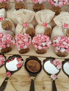 The mirror! For the wedding crew! Wedding Favours, Diy Wedding, Party Favors, Wedding Gifts, Trousseau Packing, Chocolate Decorations, Wedding Videos, Shower Gifts, Baby Gifts