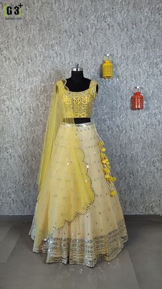 Indian Gowns Dresses, Indian Fashion Dresses, Dress Indian Style, Indian Designer Outfits, Saree Fashion, Desi Wedding Dresses, Pakistani Bridal Dresses, Pakistani Dress Design, Half Saree Designs
