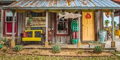 Paradise comes in many shapes and forms for different people, but give us a country ranch with 18th century barns, vintage neon signs, Frida Kahlo-influencedfolk art and outdoor porches decorated withsalvaged antiques and string lights? Let's just say, we'd be making ourselves quite comfortable...