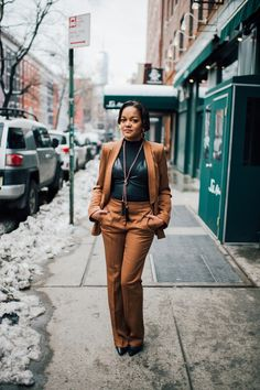 love & hip hop, zara suit, how to wear a suit, how to style a suit, how to wear a bralette with a suit, new york fashion week, nyfw street style, dallas blogger, fashion blogger