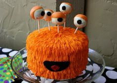 monster cake & cake pops - too cute! Justin loves his monsters