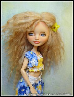 Ever After High Doll repaint with mohair reroot by Fantasy Dolls by Donna Anne Find me on Facebook Monster High Repaint, Monster High Dolls, Fantasy Dolls, Monster High Custom, Ever After High, Doll Repaint, Ooak Dolls, Cute Dolls, Exploring