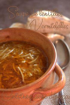 Il m'a fallu 30 minutes pour cette soupe de lentilles et vermicelles différente des lentilles algérienne. C'est une préparation express sans viande