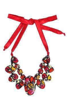 pechera petalos necklace
