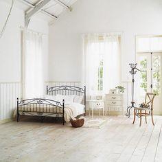 SERENA SINGLE BED FRAME セレナ シングルベッドフレーム:アンティーク&クラシック,ブラック,Home's Import Style(ホームズインポートスタイル)のシングルベッドの画像