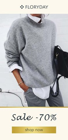 Soft gray pullover with white shirt looks great- Weicher grauer Pullover mit weißem Hemd sieht toll aus Soft gray pullover with white shirt looks great … - Loose Sweater, Sweater Shirt, Long Sleeve Sweater, Gray Sweater, Sweater Outfits, Sweatshirt Dress, Pull Gris, Fall Outfits, Fashion Outfits