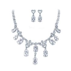 Ear Vines Wedding Bridal Princess Cut Clear CZ Crystal Necklace Earrings Silver Tone. Elegant and stylish, this necklace set will add a touch of glamour to almost any style wedding dress or other special occasion ensemble. Necklace Length: 17 inches plus a 1.5-inch extension for total of 18.5-inches. Drop Pendant is about 2 inches in length. Earrings are about 1.15 x 0.45 inches (L/W). Includes Beautiful Gift Box Ideal for Bridal, Wedding, Holiday or Anniversary Gifts.