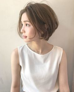 New Hair Styles Short Curly Hair Round Faces Ideas Japanese Short Hair, Asian Short Hair, Asian Hair, Girl Short Hair, Short Curly Hair, Short Hair Cuts, Curly Hair Styles, Hairstyles For Round Faces, Short Bob Hairstyles