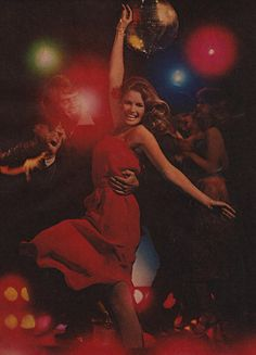 Night at the Disco, 1977 Studio 54, Night Club, Night Life, Disco 70s, Disco Funk, Saturday Night Fever, Disco Party, Lets Dance, My Vibe