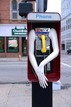 Anthropomorphic street fixtures di Scott Beseler