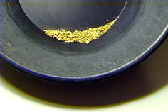 Gold Panning Techniques in the USA  http://findinggold.org/?p=624