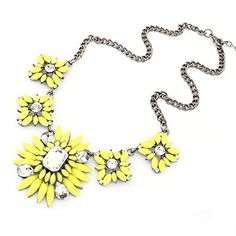 Beautiful Bead Yellow Chunky Clear Crystal Fashion Collar Statement Necklace Pendant Chain Necklace For Women1 Pcs Beautiful Bead http://www.amazon.com/dp/B00OVQVH10/ref=cm_sw_r_pi_dp_BjjCvb0QWC4W6