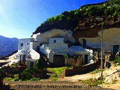 Casa cueva en Acusa Seca by pvillarrubia, via Flickr