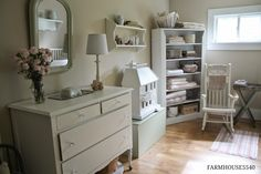 nice look for guest (grandbabes) room... from FARMHOUSE 5540