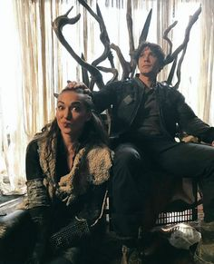 "the100-news: "" tasyatelesarmy Bob and Tasya goofing off in the throne room #The100"
