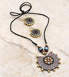 HandsOn by Buzzaria - Multicoloured Hand Painted Terracotta Necklace Set