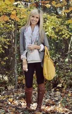 Cute outfit. Love the yellow purse!