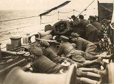 Free State soldiers aboard a ship during the Irish Civil War Fun World, World War One, Anglo Irish Treaty, Ireland 1916, Northern Ireland Troubles, Irish Free State, Irish Independence, World Conflicts, Michael Collins