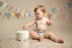 neutral colors, plain cake, suspenders, bow tie, first birthday, Cake Smash Photographer Erie, PA