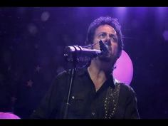 Steve Lukather of Toto - Rosanna, Africa & Hold the Line